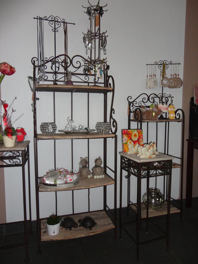 garten und wohnaccessoire aus metall blumen hirter ag. Black Bedroom Furniture Sets. Home Design Ideas